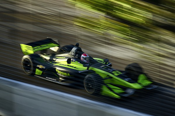 IndyCar Carlin drivers have mixed views over IndyCar debut