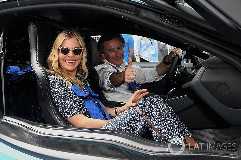 Agag verteidigt Riad-Rennen: Frauen sollen zusehen & fahren!