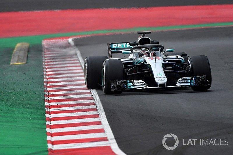 """Hamilton: """"2018-Mercedes sneller dan voorganger"""""""