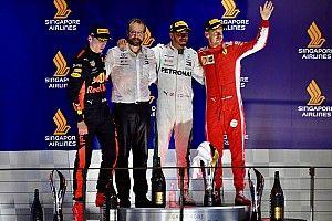 """Beste teamradio GP Singapore: """"Wil Charlie dat ik crash?"""""""