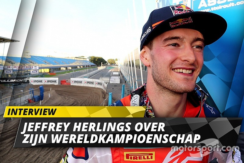 "Video: Wereldkampioen Herlings: ""Opwarmronde was kippenvel, uitloopronde bijna tranen"""