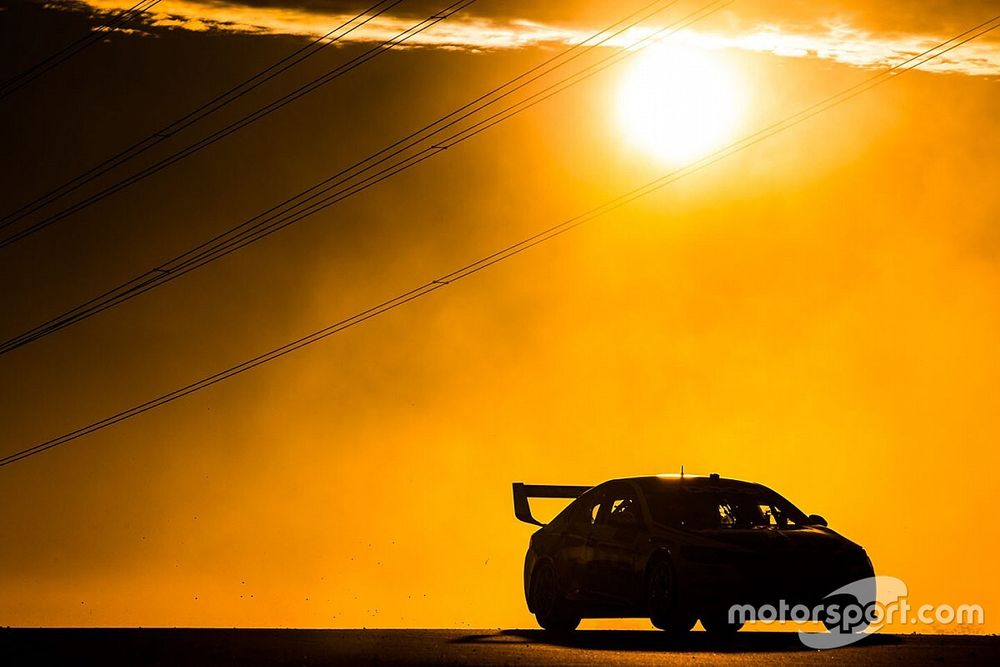 Supercars to evolve into summer series