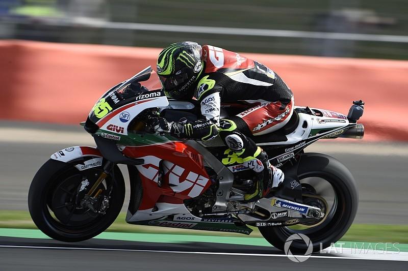 Кратчлоу показал лучшее время третьей тренировки Гран При Великобритании