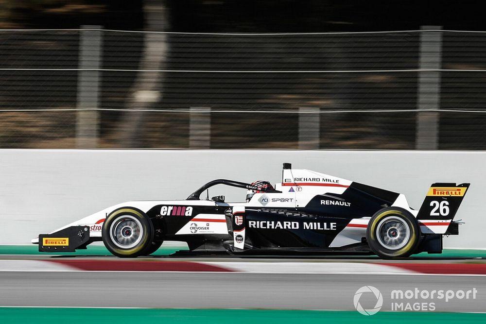 F. Regional, Barcellona, Q1: pole per Saucy, brilla Minì