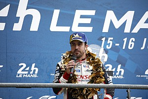 Alonso, Ferrari'ye dönüşü reddetmiyor