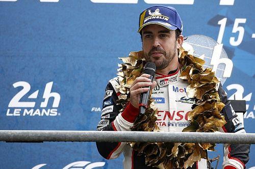 Video: Alonso, Le Mans 24 Saat öncesi gösteri sürüşü yapıyor