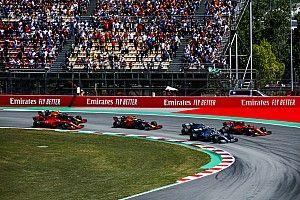 Vettel baráti szívességet tett Hamiltonnak a rajtnál: csak a móka kedvéért?