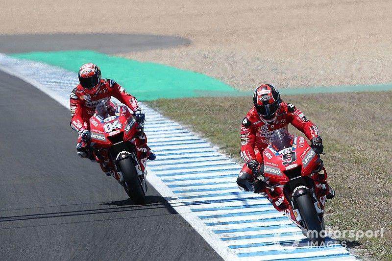 Petrucci sigue mandando en Jerez y Rossi deberá pasar por la Q1