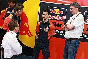 Pedrosa vuelve a subirse a una MotoGP