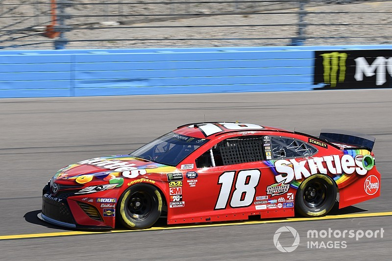 Kyle Busch takes Stage 2 win at Phoenix