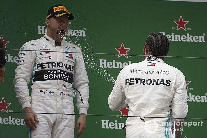 A Mercedes örökre megtartaná Bottast és Hamiltont, nem foglalkoznak Verstappennel