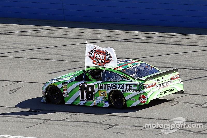 Fontana: Kyle Busch stellt 200. NASCAR-Sieg sicher