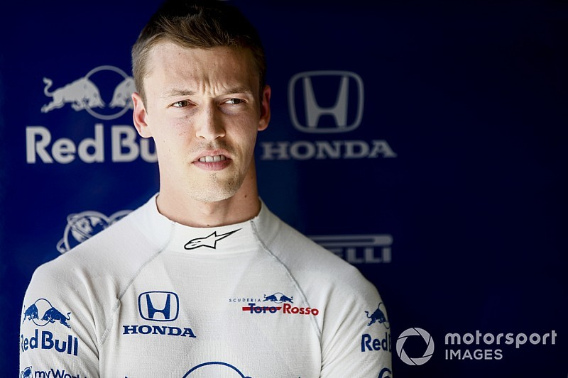"""""""Operational issue"""" left Kvyat on used tyres in Q2"""