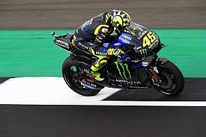 Após críticas, Rossi diz que largar na frente tem sabor especial