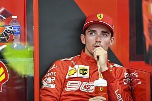 """Leclerc reclama de estratégia da Ferrari: """"Não foi justo"""""""