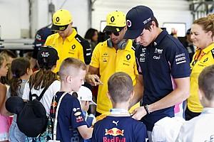 Emiatt van ekkora nyakuk az F1-es versenyzőknek: videó