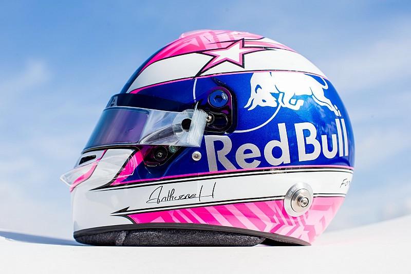 Gasly con un casco dedicato all'amico Hubert a Monza