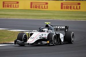 Diaporama: le suisse Louis Delétraz et le Sauber Junior Team au GP de Grande-Bretagne