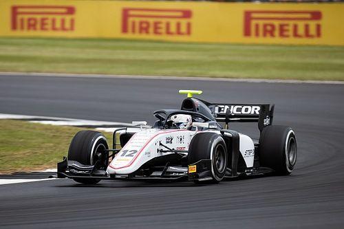 Fotogallery: lo svizzero Louis Delétraz e il Sauber Junior Team nel GP di Gran Bretagna