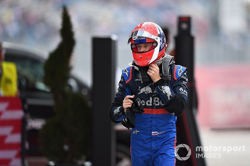 Masi explains refusal to allow Kvyat's helmet design