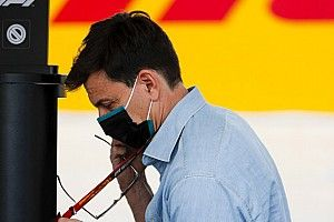 """Wolff: """"Russell'ın Williams'taki geleceği, Mercedes'in elinde değil"""""""