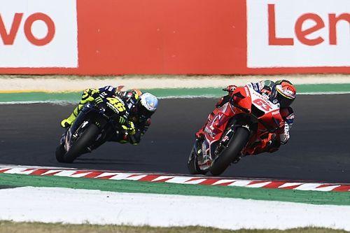 Bagnaia Mulai Terbiasa Duel dengan Rossi