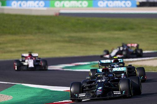 """托斯卡纳大奖赛:8车退赛、两度红旗,汉密尔顿""""胜利大逃亡"""",阿尔本登台"""