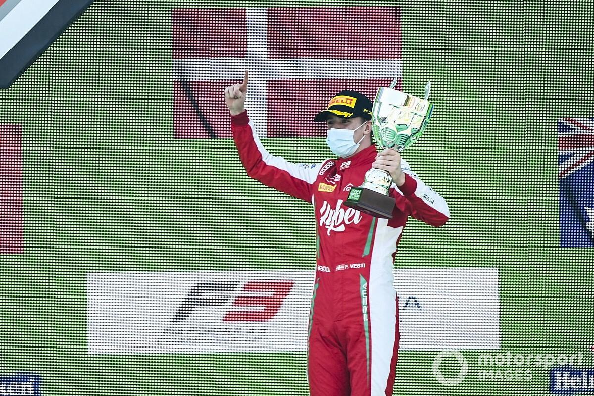 Frederik Vesti, Mercedes'in genç sürücü programına katıldı