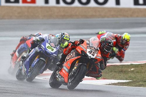 Redding wint race 2 Magny-Cours, Van der Mark op P5