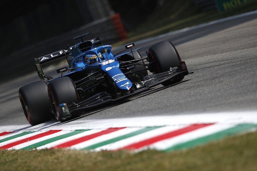 """Alonso pleit voor gelijkere F1-auto's: """"Zo kan iedereen om podium vechten"""""""