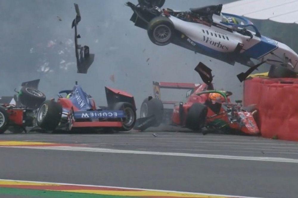 Brutal accidente en las W Series en Spa-Francorchamps