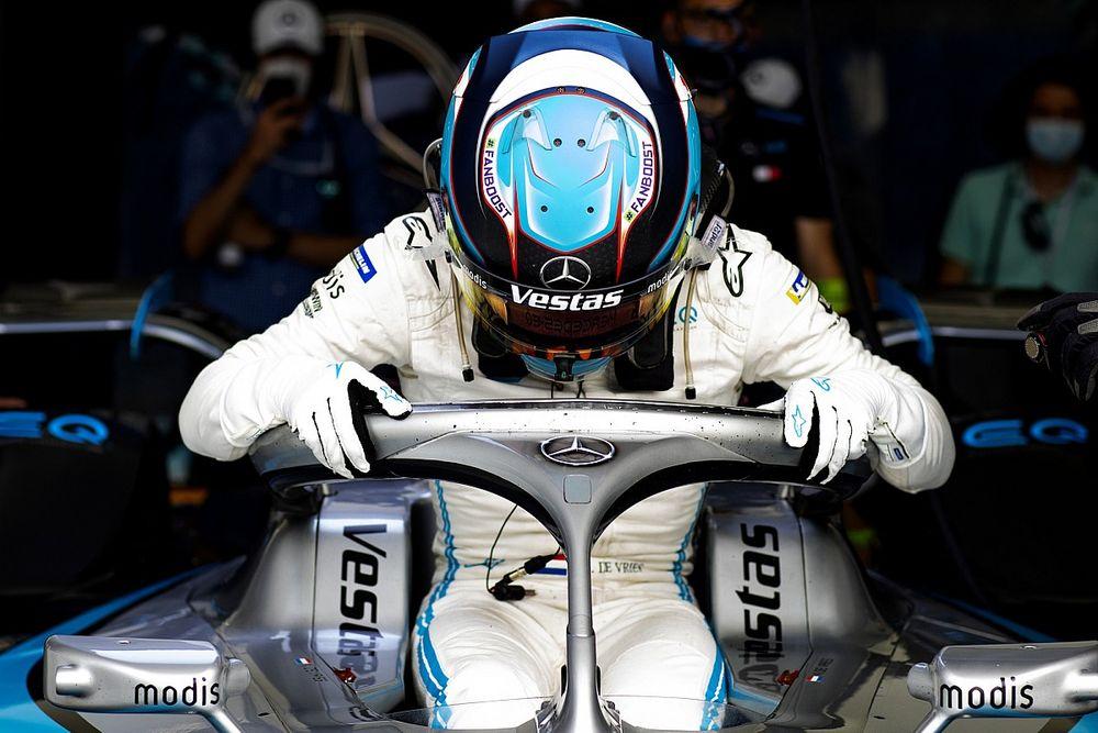 СМИ: Де Врис станет пилотом Alfa Romeo, Джовинацци уйдет в WEC