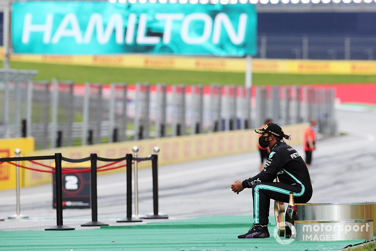 """Hamilton: a járvány idején versenyezni """"magányos utazás"""""""