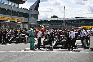 British GP backs vaccine passports in bid for capacity crowd