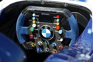 Как менялся руль в Формуле 1: фотогалерея