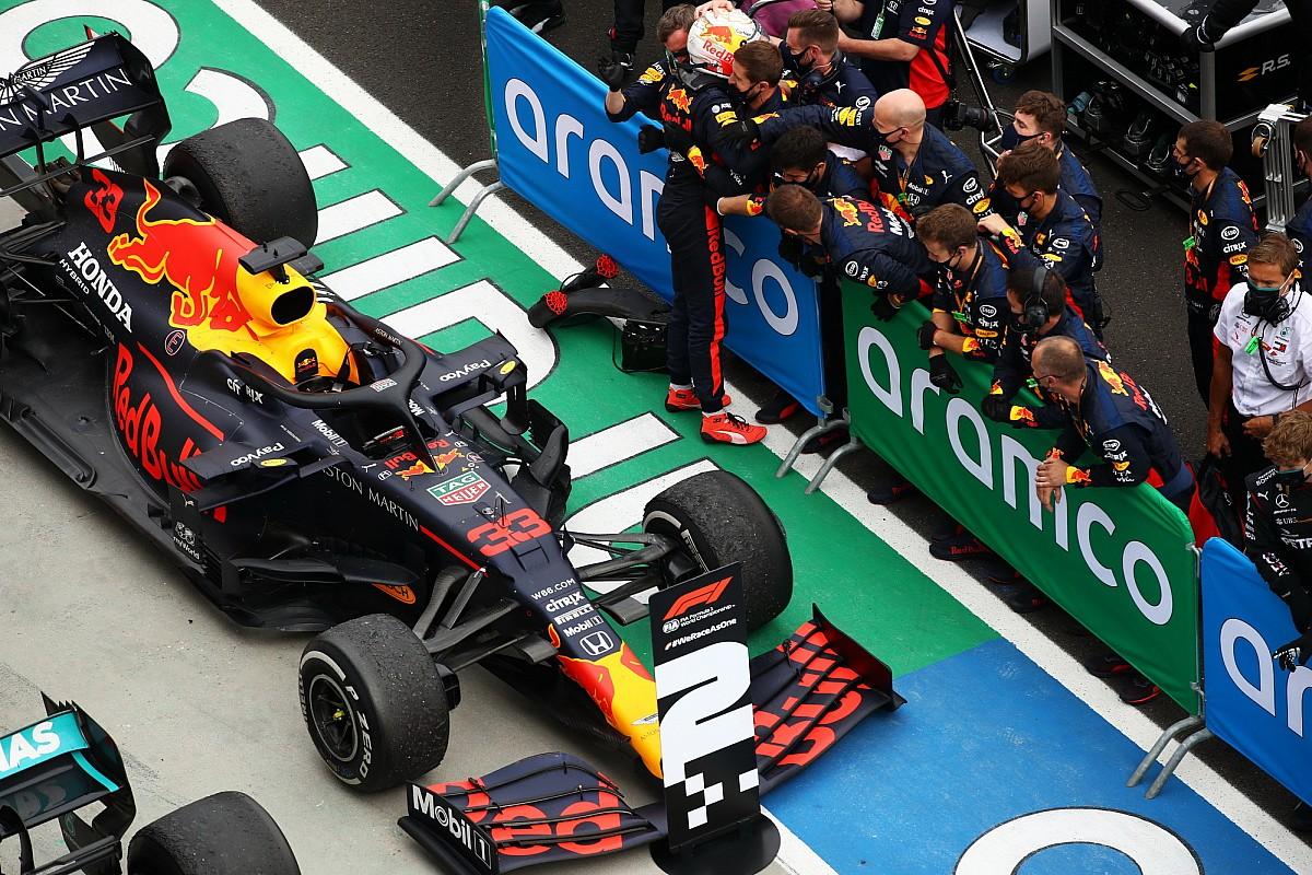 F1のドメニカリCEO、レッドブルのPU開発凍結プランを支持「F1界全体のためになる」