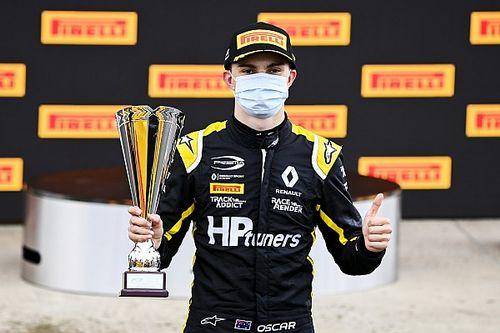 Oscar Piastri passa in F2 sempre con il team Prema