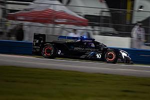 Dixon al frente tras 9 horas, Montoya en el top 5