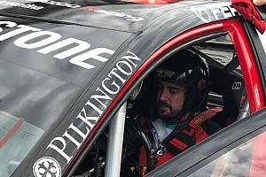 Alonso na testach STC2000