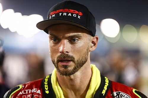 SBK, ufficiale: Leon Camier diventa Team Manager HRC