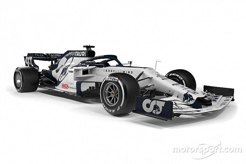 新生アルファタウリ・ホンダ、新車『AT01』発表。白&濃紺の新カラーで狙うは中団最上位
