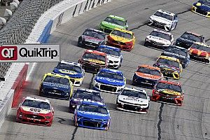 Atlanta Motor Speedway to reconfigure banking and be repaved