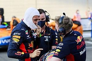 Red Bull libera a Albon, pero mantiene opciones de futuro