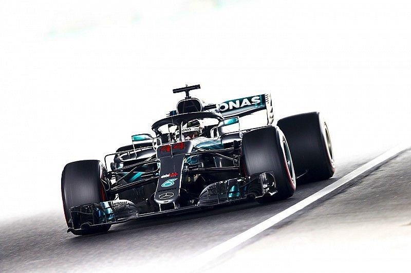 Japanese GP: Hamilton fastest as Hulkenberg shunt ends FP3