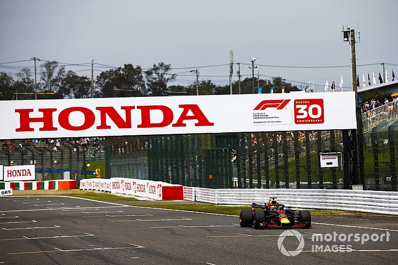 «Эти отношения уже намного крепче». Хорнер сравнил работу Red Bull с Honda и Renault