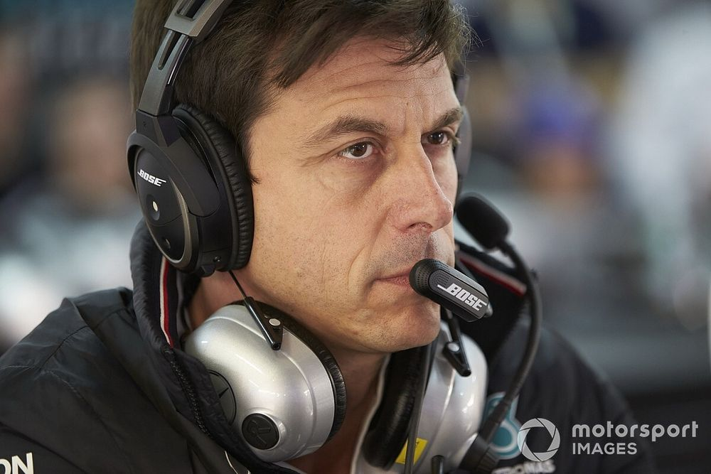 """Wolff critica el """"patético"""" lobby de los equipos que daña la F1"""