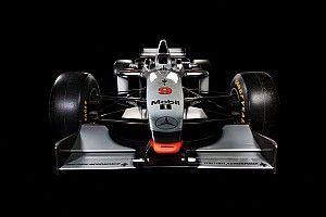 Minden idők egyik legvadabb F1-es bemutatója: McLaren MP4/12