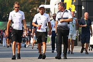 McLaren team manager quits for new role at Williams