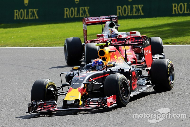 "Verstappen approach ""refreshing but dangerous"" - Wolff"