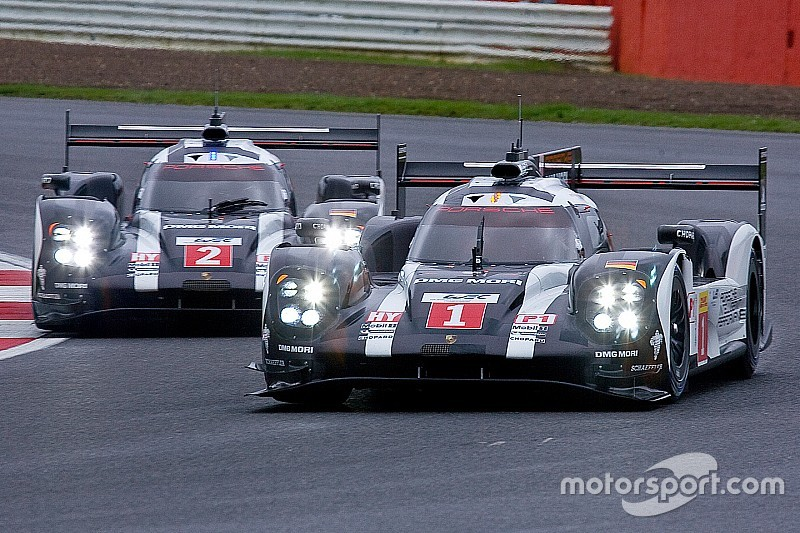 Silverstone: Second row on the grid for the two Porsche 919 Hybrids